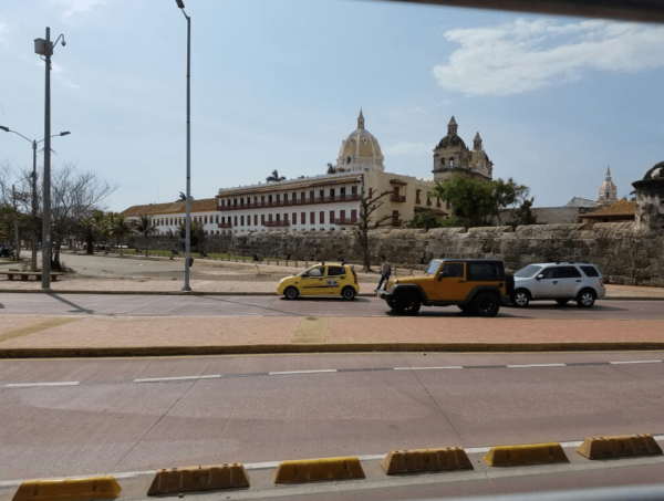 City tours cartagena, planes en cartagena, paseo en chiva, chiva rumbera, albitours, sitios turísticos en cartagena, planes económicos en cartagena, castillo san felipe, turismo en cartagena 9