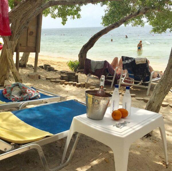 Tours islas del rosario, pasadia islas del rosario, turismo en cartagena, planes en cartagena, isla del encanto 10