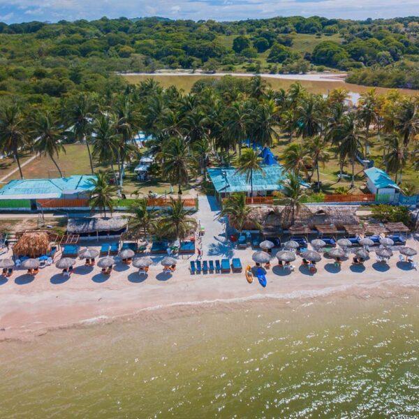 Albitours, pasadia tierra bomba, palmarito beach, playa palmarito beach, turismo en cartagena, isla tierra bomba, cartagena 1