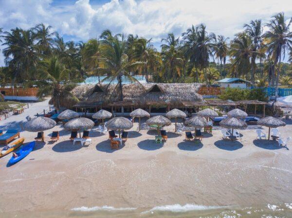 Albitours, tierra bomba, palmarito beach, playa palmarito beach, turismo en cartagena, isla tierra bomba, cartagena, pasadia tierra bomba, pasadia palmarito beach 14