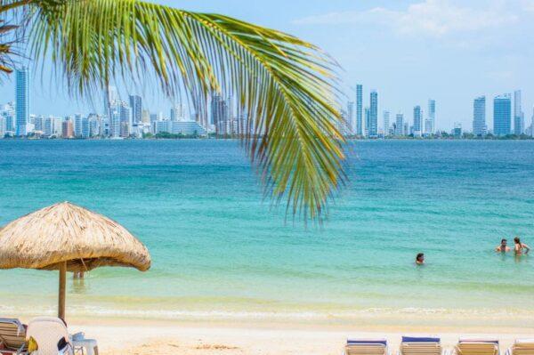 Albitours, tierra bomba, palmarito beach, playa palmarito beach, turismo en cartagena, isla tierra bomba, cartagena 22