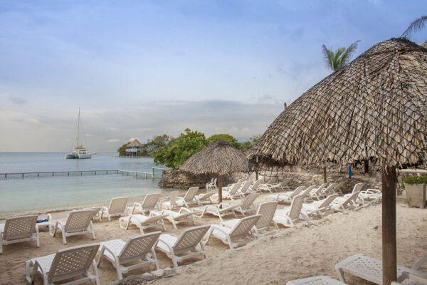 Albitours, pasadia isla del sol, isla del rosario isla del sol, hotel isla del sol pasadia, isla del sol, islas del rosario, turismo en cartagena, cartagena 5