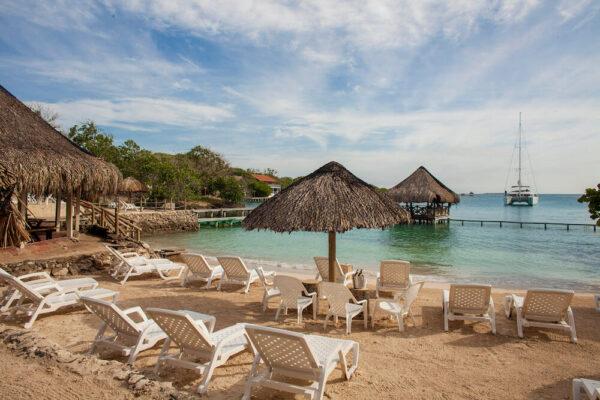 Albitours, pasadia isla del sol, isla del rosario isla del sol, hotel isla del sol pasadia, isla del sol, islas del rosario, turismo en cartagena, cartagena 13