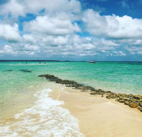 Albitours, tours islas del rosario, tours bendita beach, turismo en cartagena, bendita beach, islas del rosario, playa bendita beach, cartagena, 02