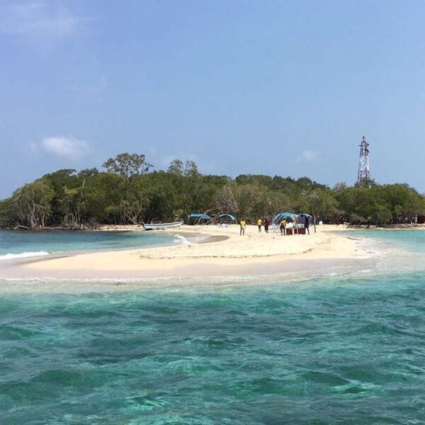 Albitours, tours islas del rosario, tours bendita beach, turismo en cartagena, bendita beach, islas del rosario, playa bendita beach, cartagena, 09