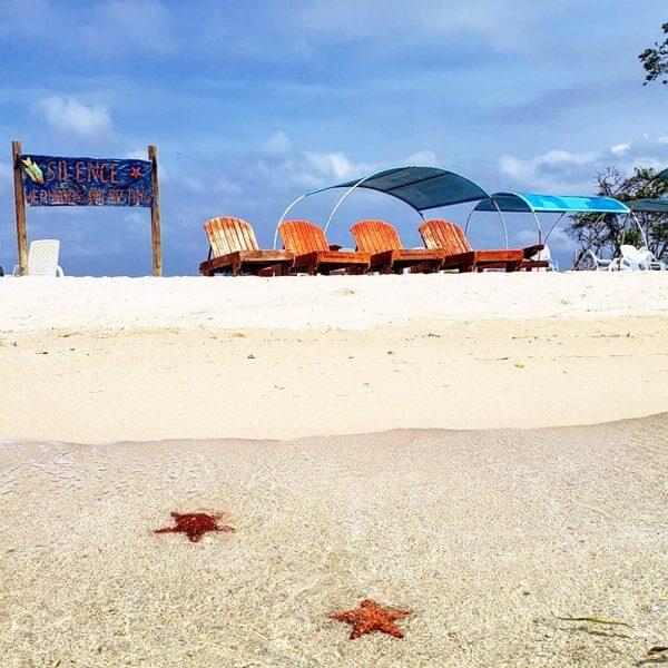 bendita beach tours islas del rosario-min
