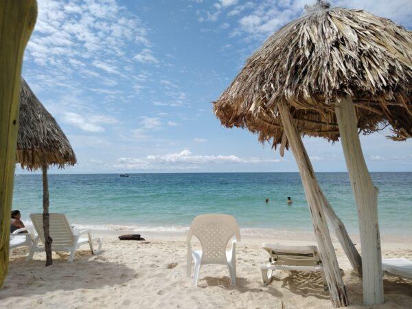 Albitours, tours isla del rosario playa blanca en lancha, tours islas del rosario, playa blanca baru, turismo cartagena, baru, islas del rosario en lancha, cartagena, turismo en cartagena 7