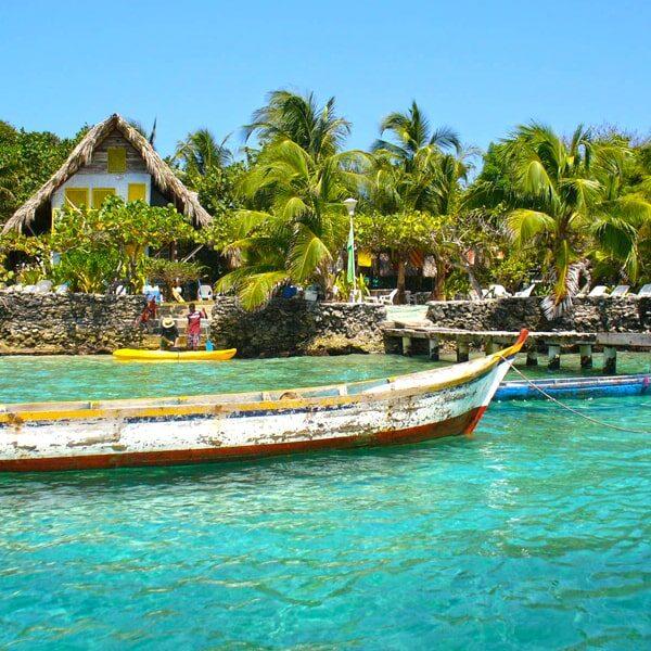 Albitours,isla del pirata, tours isla del pirata, islas del rosario, cartagena de indias, turismo en cartagena, turismo,planes en cartagena, planes economicos