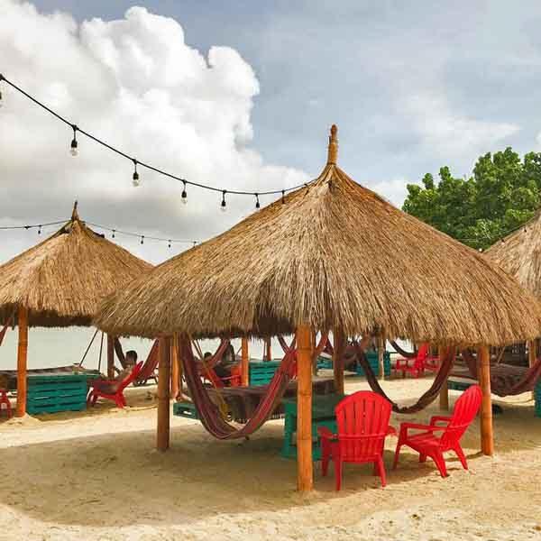 Bomba beach Club, pasadia isla tierra bomba, tours islas tierra bomba, albitours cartagena, planes en cartagena, playas de cartagena, turismo en cartagena, tierra bomba playa