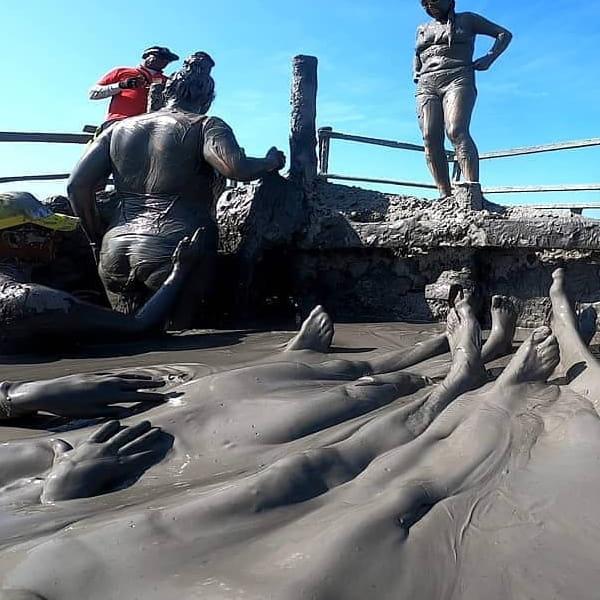 Mar De Rosa, galerazamba, volcan de lodo, volcan del totumo, tours galerazamba